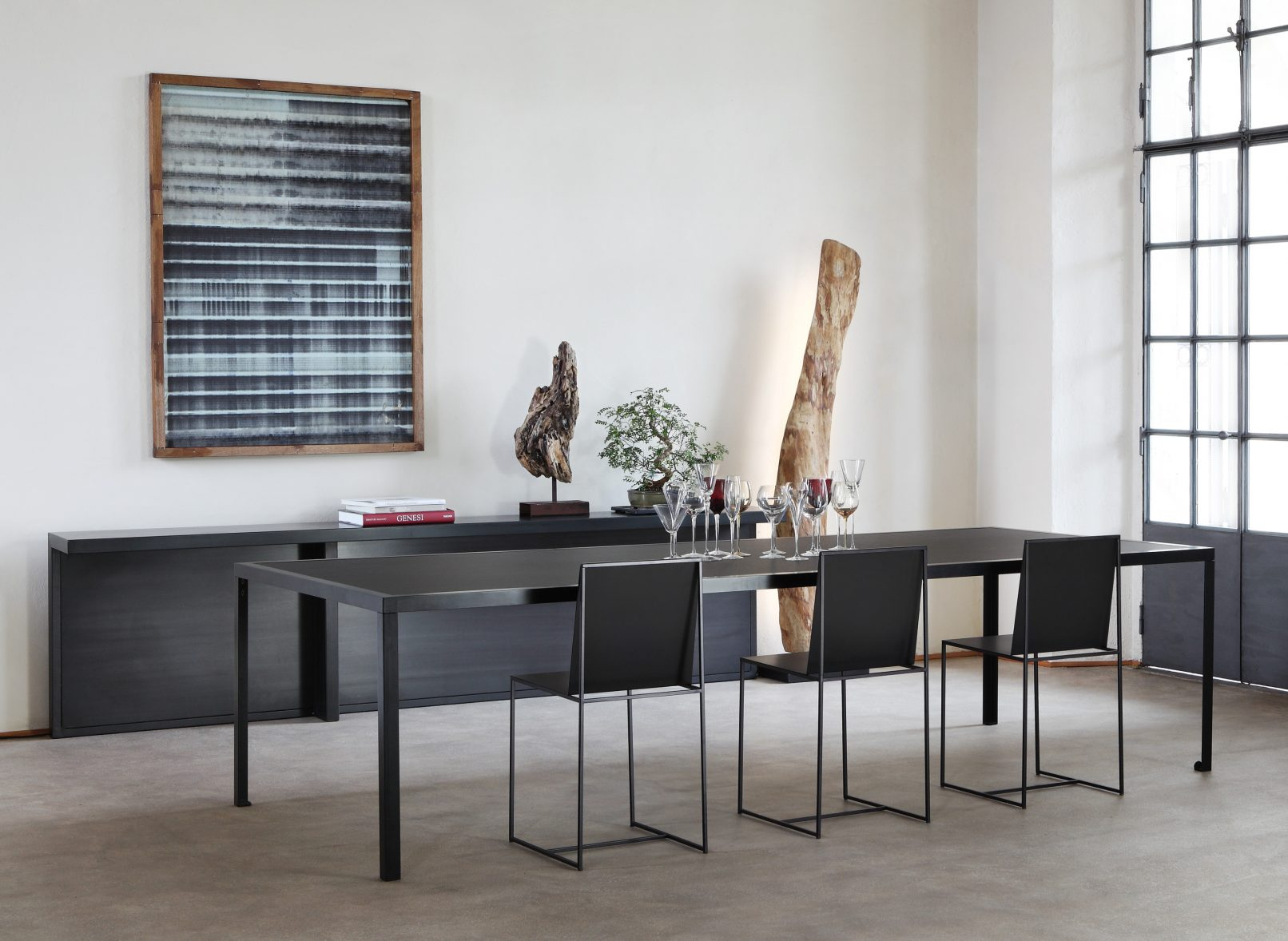 Slim sissi zeus noto for Table extensible kristalia